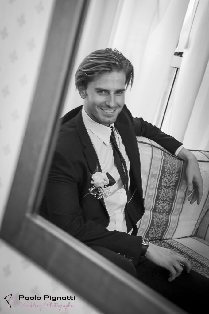 sposo-groom-specchio-mirror